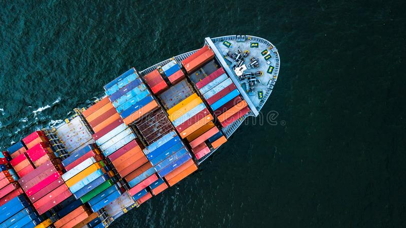 Importation de cargo de récipient de vue aérienne et activités d'exportation, dessus photos libres de droits