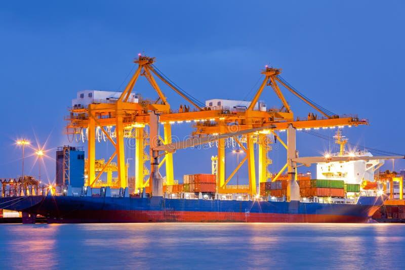 Importazioni-esportazioni logistiche del cantiere navale fotografie stock libere da diritti