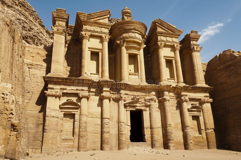imposing klostermonument mest petra s royaltyfri bild