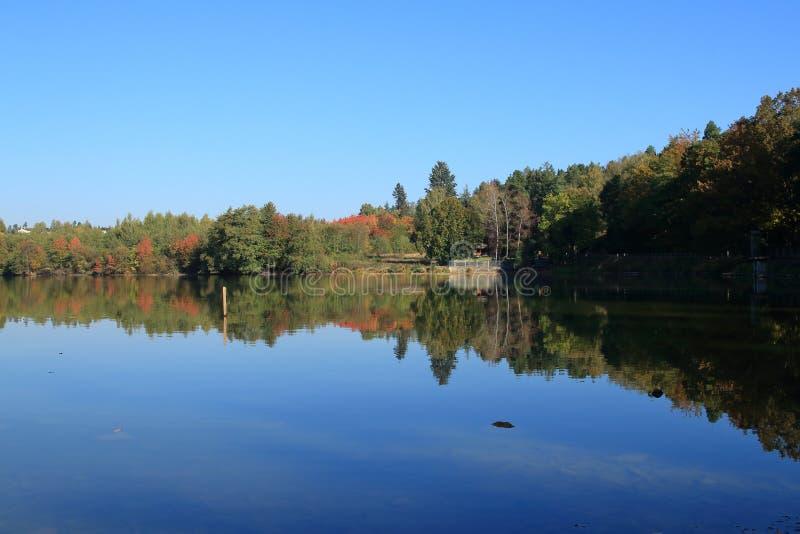 Impresa di piscicoltura Jevany, repubblica Ceca fotografia stock