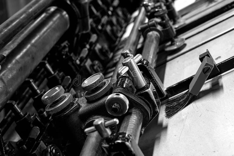Impresión de la máquina de cilindro de la litografía de la impresora imagen de archivo