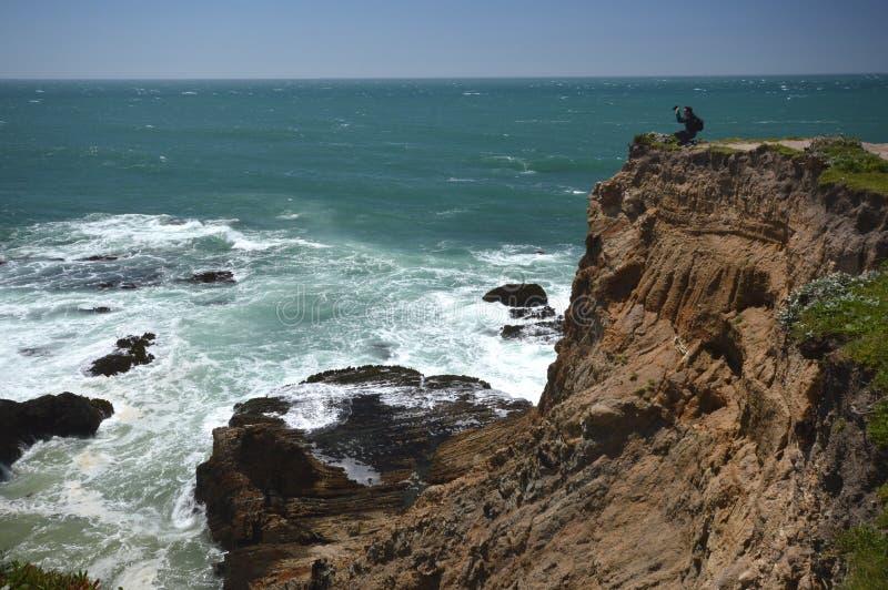 Impressões das Costas do Pacífico da luz da arena do ponto, Califórnia EUA imagem de stock
