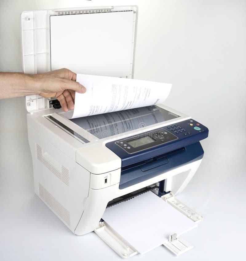 Impressora Multifunction para imprimir a exploração e o copi fotos de stock royalty free