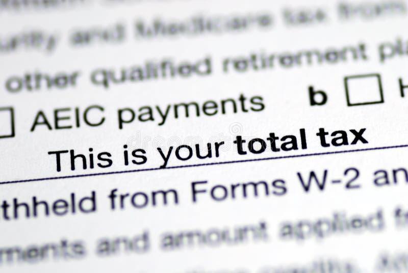 Impuesto total en la declaración sobre la renta imagen de archivo