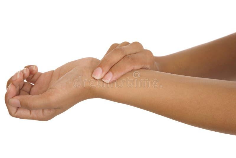 Impulso di misurazione del braccio della mano umana immagini stock