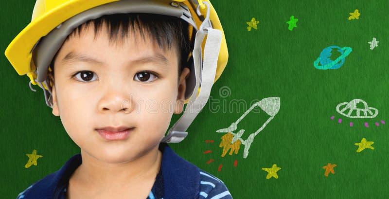 Inżynierii chłopiec z Astronautycznej nauki kreskówką dla futurystycznej edukaci fotografia stock