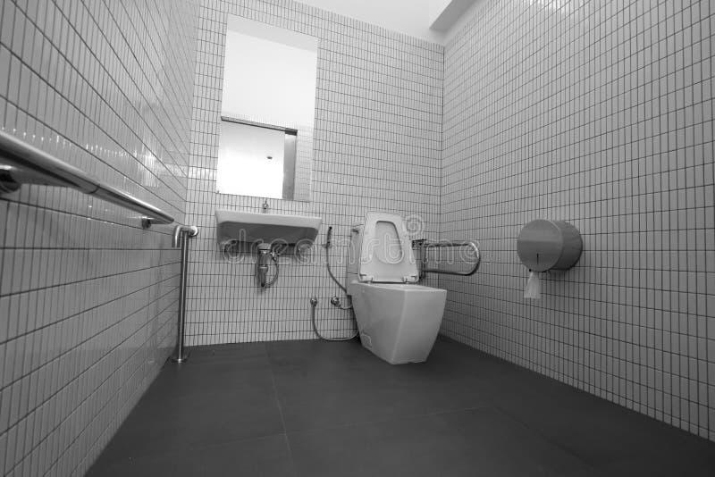 inaktiverad toalett arkivbilder
