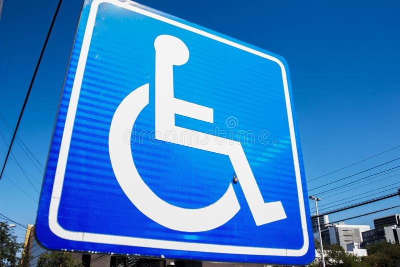Inaktiverade handikapptecknet royaltyfri bild