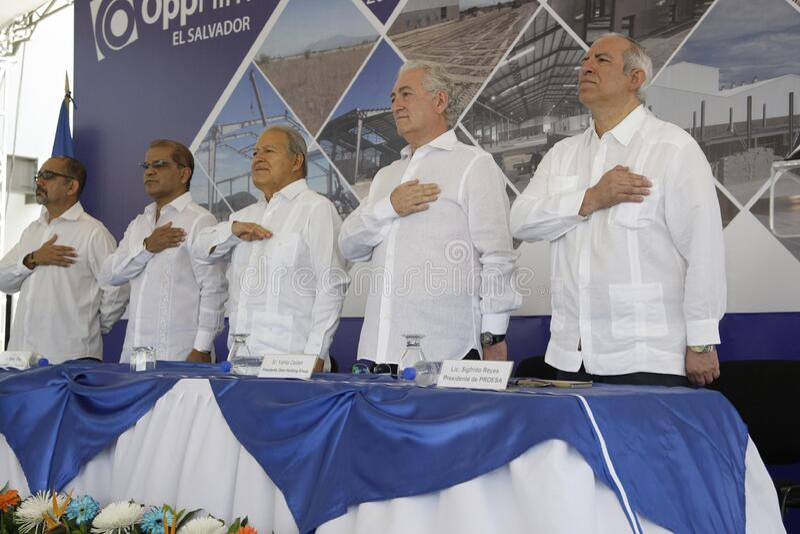 Inauguración de operaciones en El Salvador de la empresa transnacional OPP Film stock fotografie