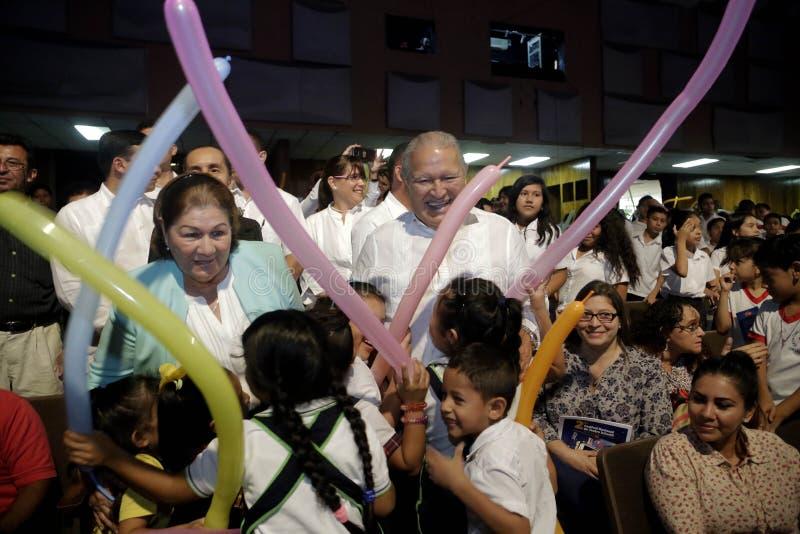 Inauguración de segundo Festival Nacional de Teatro Infantil stock images