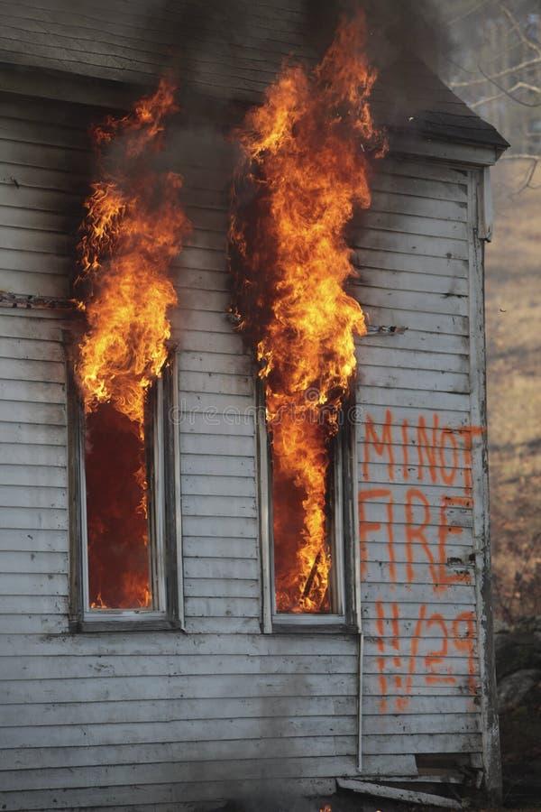 Incêndio da casa imagem de stock royalty free