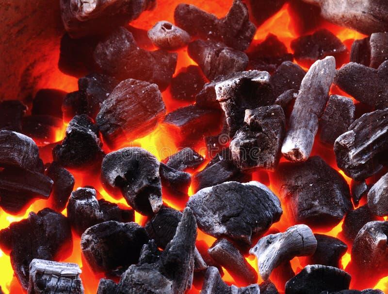 Incêndio do carvão vegetal fotos de stock