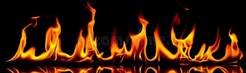 Incêndio e flamas. fotografia de stock royalty free