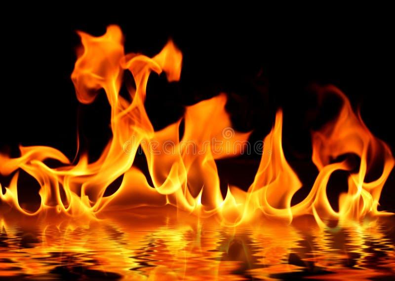 Incêndio na água fotografia de stock royalty free