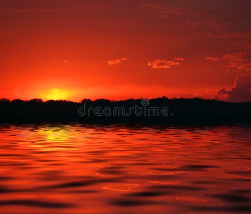 Download Incêndio no céu imagem de stock. Imagem de ondas, lago - 109385
