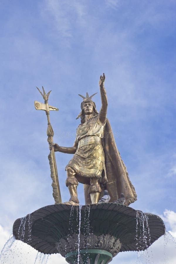 Inca Pachacutec staty fotografering för bildbyråer