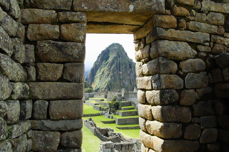 Inca Stone Bricks Construction - Machu Picchu - Peru royaltyfria bilder