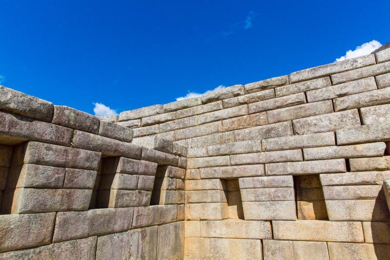 Inca Wall en Machu Picchu, Perú, Suramérica. Ejemplo de la albañilería poligonal. foto de archivo libre de regalías