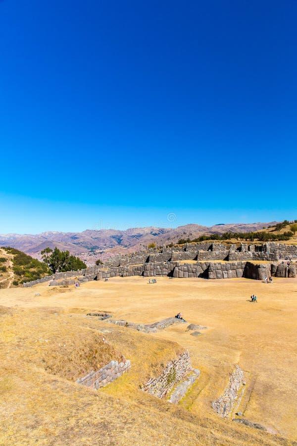 Inca Wall en SAQSAYWAMAN, Perú, Suramérica. Ejemplo de la albañilería poligonal. fotografía de archivo