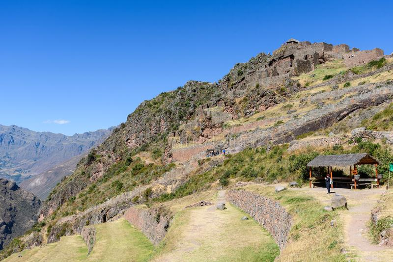 Incan руины на Pisac, Перу стоковое фото