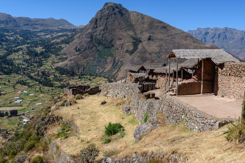 Incanruïnes in Pisac, Peru stock foto