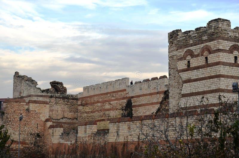 Incapaz de resistir la conquista de las paredes del bizantino de Estambul foto de archivo libre de regalías