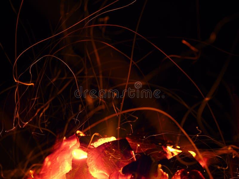 Incendie Combustion du papier, fond clair abstrait image libre de droits