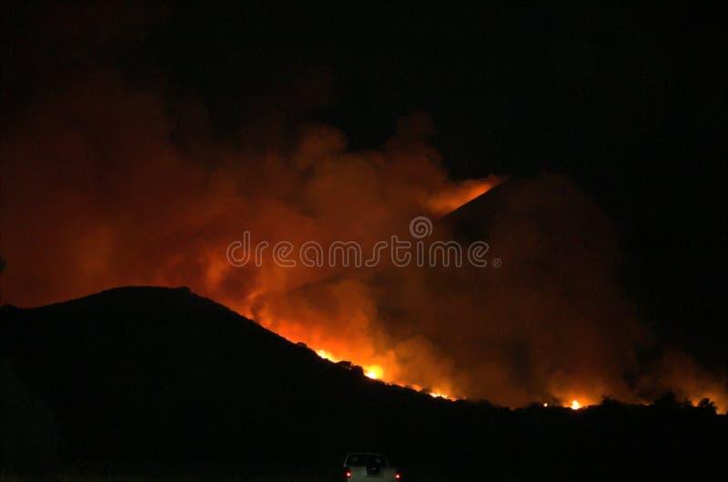 Incendie d'Elsinore de lac, montagnes d'Ortega photos libres de droits