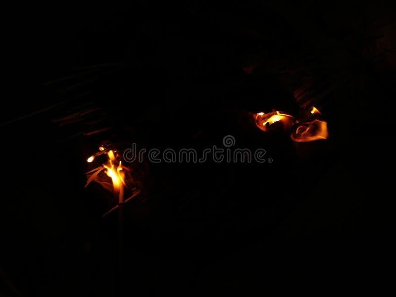 Incendie la nuit photo stock