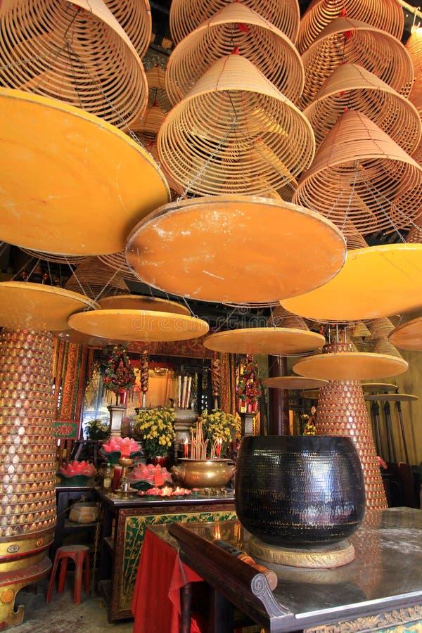 Incenso a spirale enormi a A-ma Temple, Macao fotografia stock