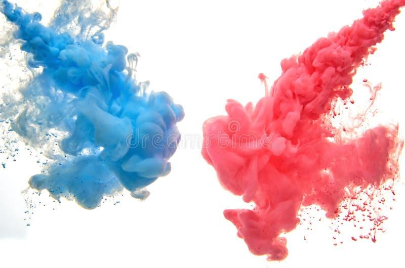 Inchiostro acrilico multicolore in acqua sottragga la priorit? bassa fotografia stock libera da diritti