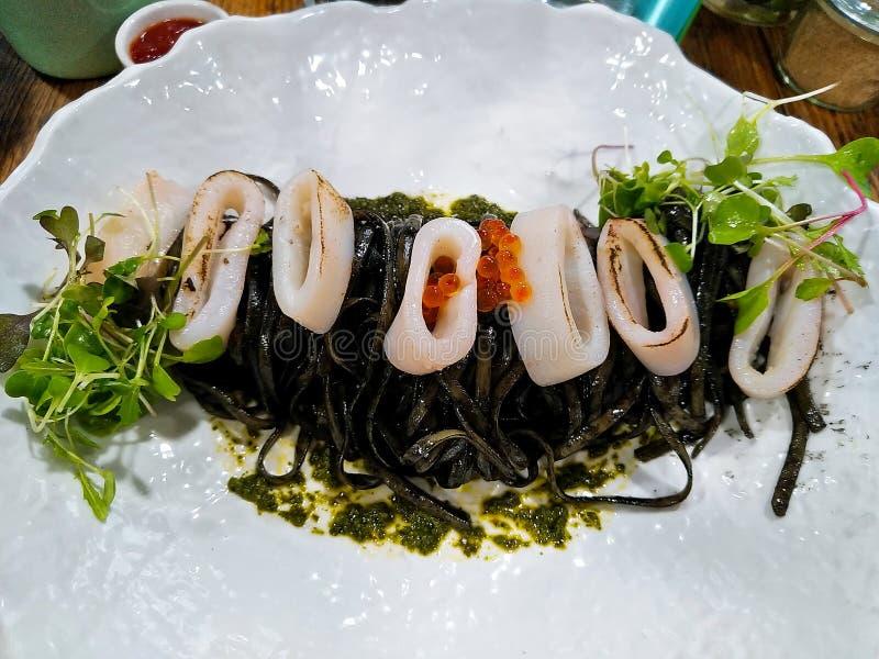 Inchiostro Linguini del calamaro fotografia stock