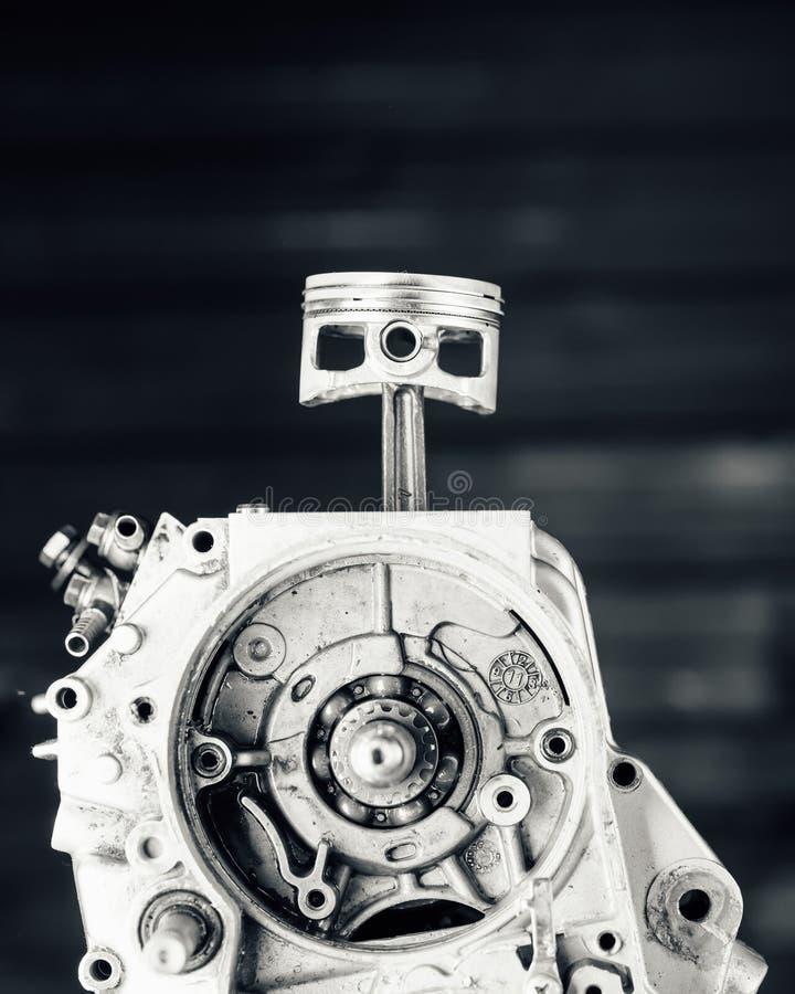 Incidence et piston d'arbre d'entraînement de moteur photographie stock
