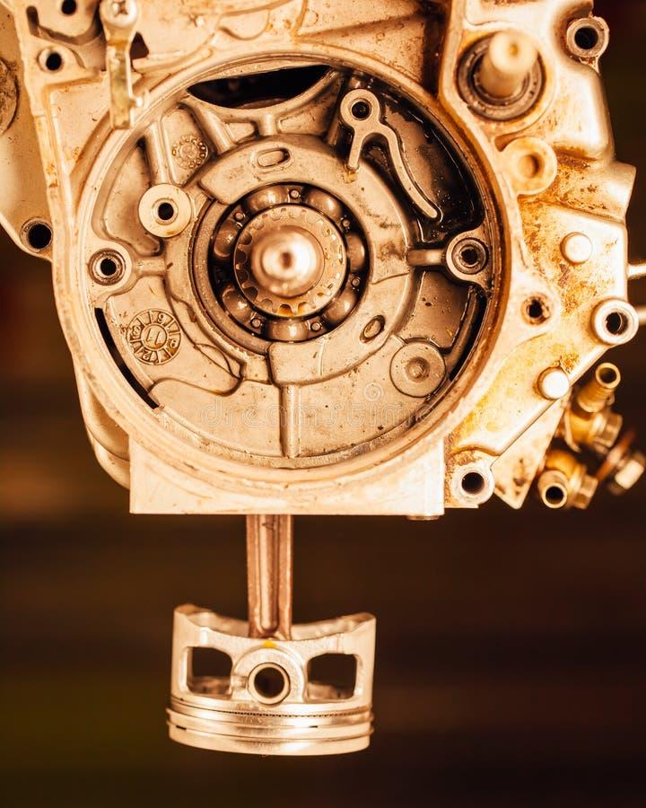 Incidence et piston d'arbre d'entraînement de moteur image stock