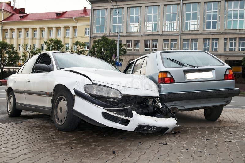 Incidente stradale pesante di danno immagini stock