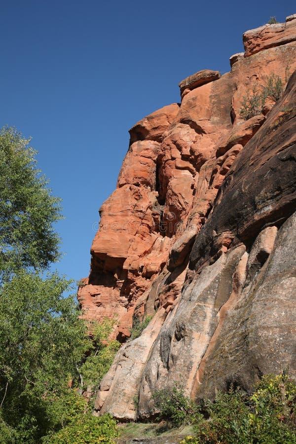 Inclinação de montanha - rocha vermelha fotos de stock royalty free