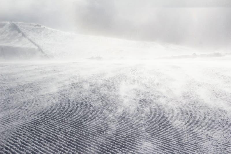 Inclinação vazia do esqui fotos de stock