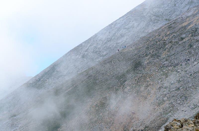Inclinações de montanha íngremes fotografia de stock royalty free