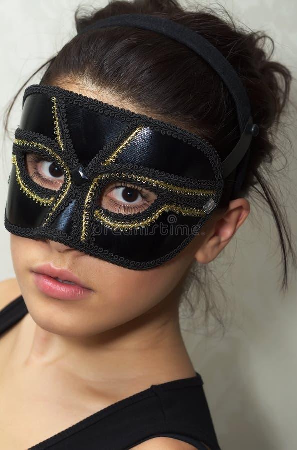 Incognito vrouw in masker royalty-vrije stock fotografie