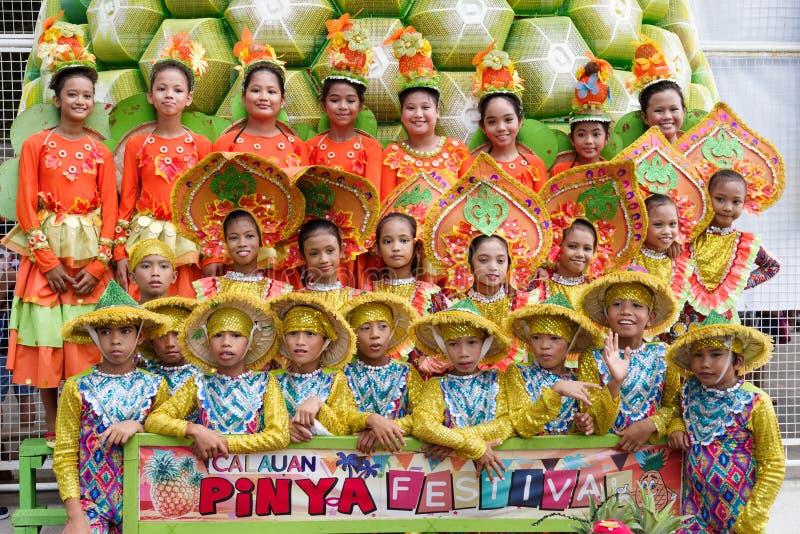 Incoraggi su nel festival 2017 di Calauan Pinya immagini stock libere da diritti