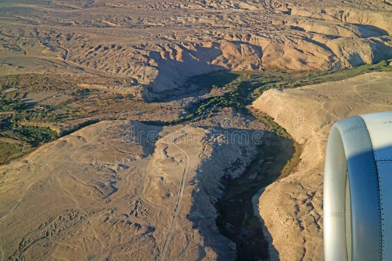 Increíble vista aérea de las tierras altas del norte de Chile vista desde la ventana del avión, Chile, Sudamérica imágenes de archivo libres de regalías