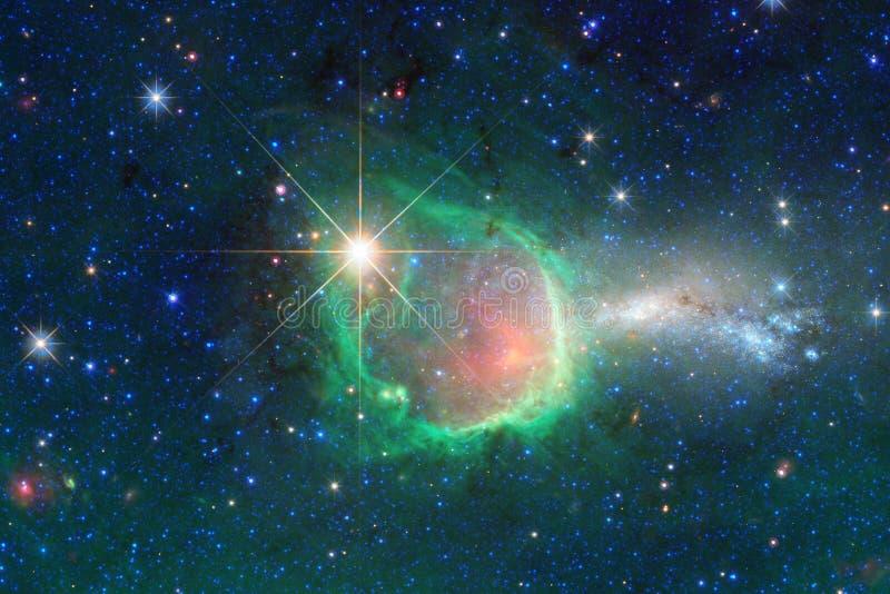 Incredibly h?rlig galax m?nga ljus?r l?ngt fr?n jorden arkivbilder