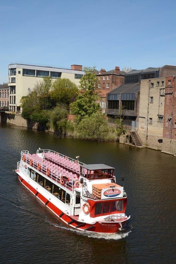Incrociatore del fiume sul Ouse a York immagini stock libere da diritti
