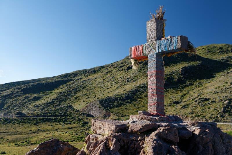 Incrocio decorato in canyon di Colca fotografia stock libera da diritti