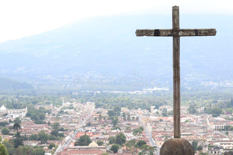Incrocio di Cerro de la Cruz in Antigua, Guatemala immagine stock