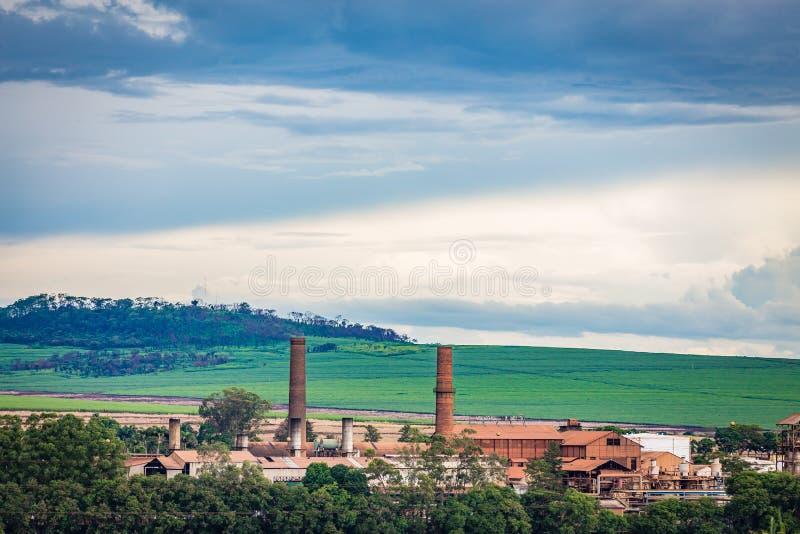 Indústria da fábrica do cana-de-açúcar - Sao Paulo, Brasil imagem de stock