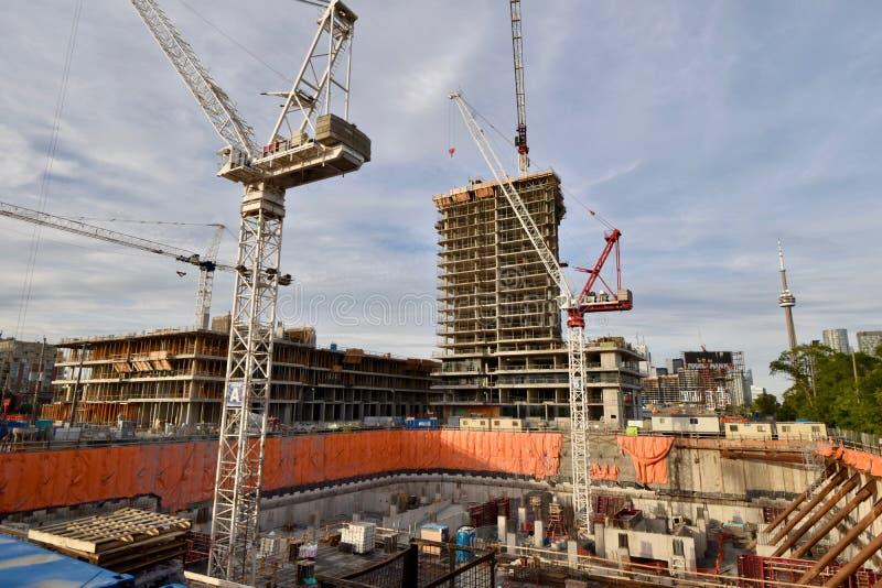 Indústria de construção de habitações crescendo em Toronto foto de stock royalty free