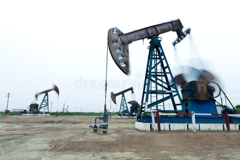 Download Indústria petroleira imagem de stock. Imagem de oilfield - 26513027