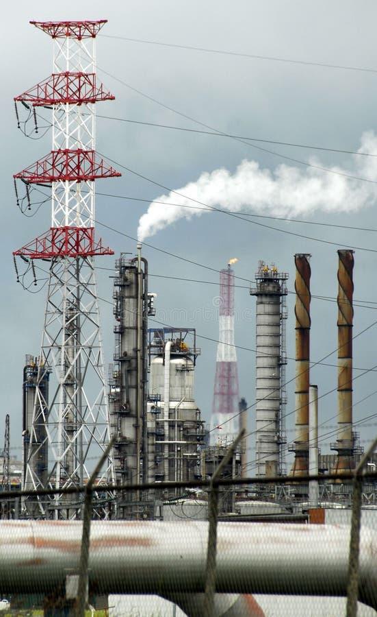 Indústria petroleira na porta de Antuérpia, Bélgica imagens de stock royalty free