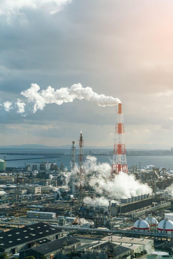 Indústria petroquímica de planta de refinaria do gás de óleo fotografia de stock royalty free